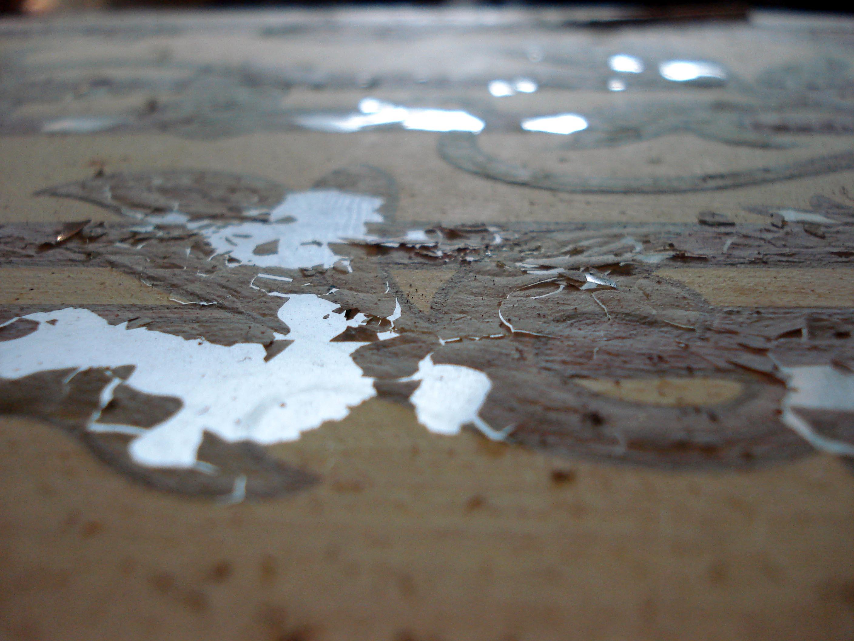 La Escuela ECORE ha restaurado una pintura al óleo sobre vidrio que forma parte de la decoración de un mueble premodernista. De esta técnica, tan poco usual, encontramos algunos ejemplos […]