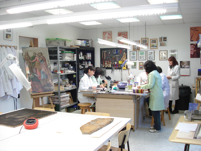 Talleres de restauracion ecore escuela de restauraci n for Clases de restauracion de muebles